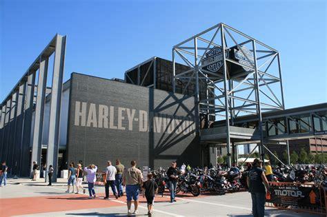 Harley Davidson Milwaukee Museum by Harley Davidson Museum A Treat Motorbike Writer