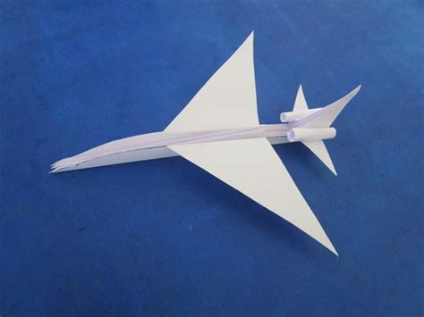 How To Make A Realistic Paper Airplane - 27 best images about origami on spaceships