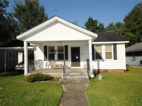 zillow mississippi columbia real estate columbia ms homes for sale zillow