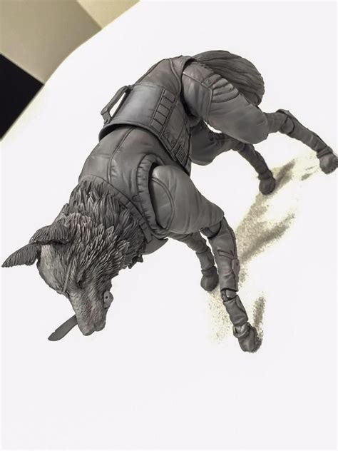 mgsv figure newly revealed dd figure wears a sneaking suit and is