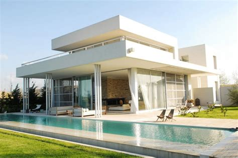 modern day architecture serene modern day architecture in the suburbs of buenos