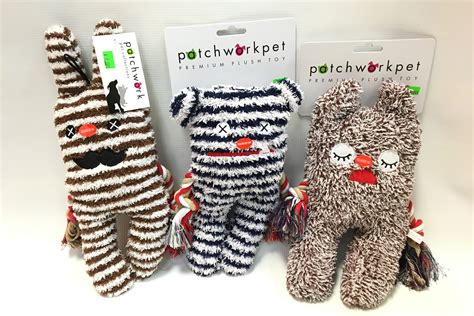 Patchwork Pet Resort - 4 paws groom board where your pets play while you get