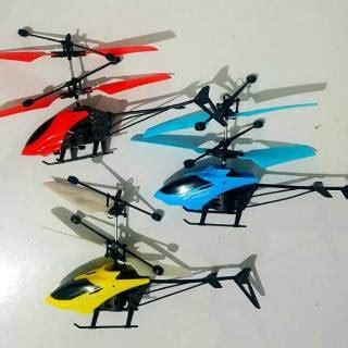 Flying Mainan Anak Terbang flying helicopter flying drone minion boneka