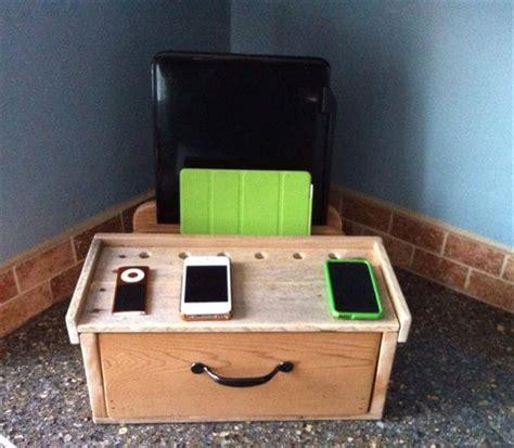 charging station diy diy pallet charging docking station pallet furniture diy
