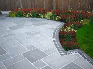 paving slabs for patios 1000 ideas about paved patio on slate paving