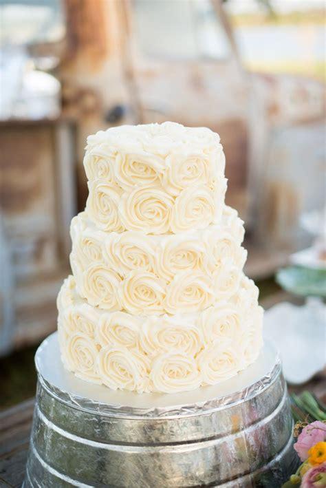 Hochzeitstorte Creme by Wedding Cake Frosting Recipe Dishmaps