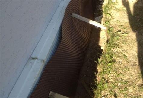 gartenwerkzeug haus kellerwandsanierung noppenbahn zur wasserabwehr