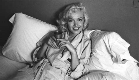 marilyn monroe bed how to relax before sleeping