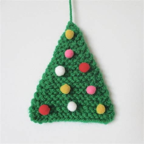knitting pattern christmas tree topper easy christmas tree knitting pattern by amanda berry