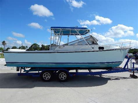 cabin boats for sale cuddy cabin shamrock boats for sale boats