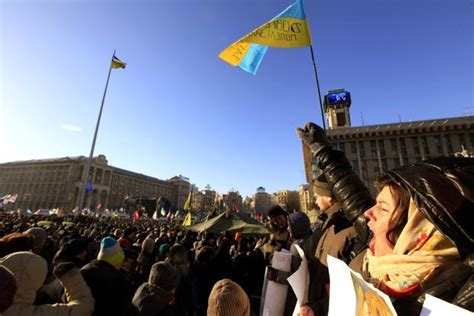 darkest hour union square ukraine protesters confront police anew after nation s