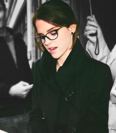 emma watson glasses emma watson smoking hot in glasses rebrn com