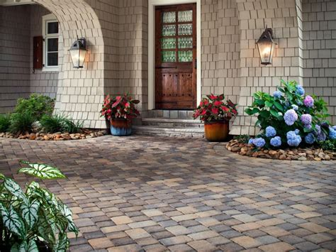Front Entryway Landscaping Ideas Pin By Wilcox On Getting My Pinterest Front Yard Entryway Curb Appeal Ideas