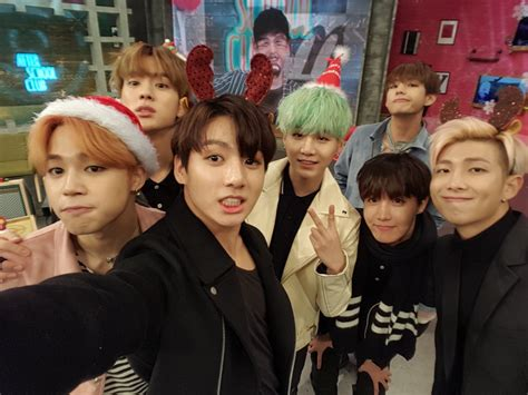 bts bangtan boys christmas picture bts at arirang after school club twitter 151222