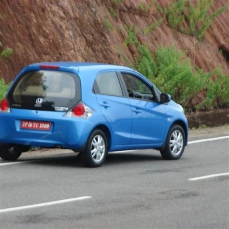 honda brio specifications honda brio price review pictures specifications