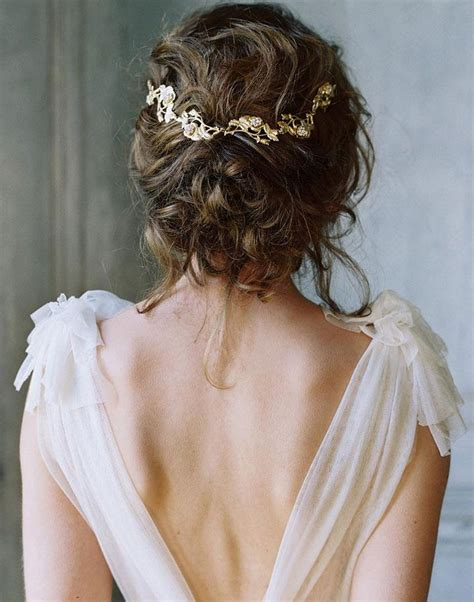 Garden Wedding Hairstyles For Bridesmaids by 17 Best Ideas About Wedding Hairstyles On