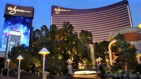 best las vegas hotels best las vegas hotels for a fun vacation or a luxe staycation