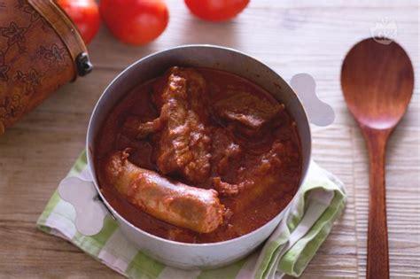 cucinare il ragu ricetta rag 249 alla napoletana la ricetta di giallozafferano
