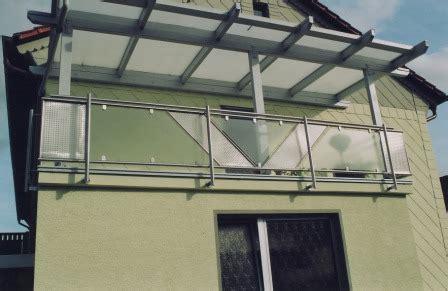 edelstahl balkongeländer mit glas gel 228 nder balkongel 228 nder in edelstahl mit schr 228 gem