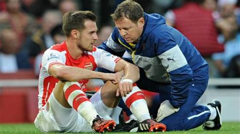 arsenal injury why do arsenal players get injured so much the18