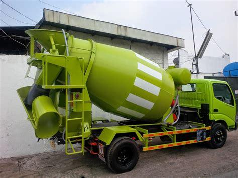 Truk Mixer Hino truck mixer hino dutro surabaya harga hino baru