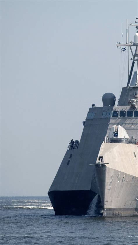 wallpaper uss independence lead ship lcs  independence