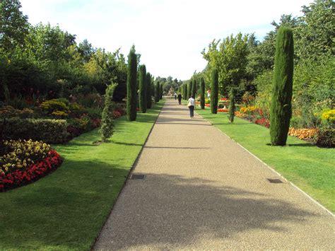 Garden Arch Regents Park File Gardens Regent S Park Dsc07041 Jpg