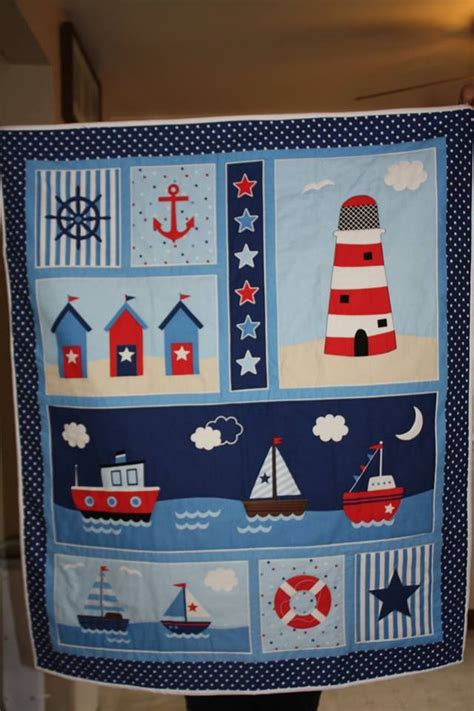 pattern for baby wall hanging 9221 best quilt projects images on pinterest quilting
