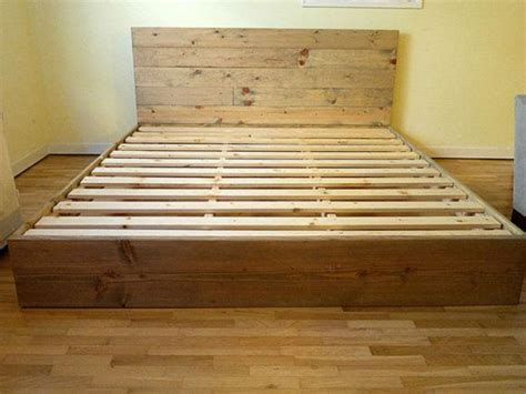 Tempat Tidur Kayu Bekas tempat tidur minimalis kayu jati belanda bekas palet