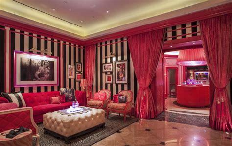 Secret Decor Stores Victoria S Secret Store By Grade Kuwait