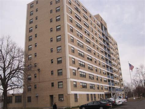 st louis housing authority new east st louis public housing security measures 171 cbs st louis