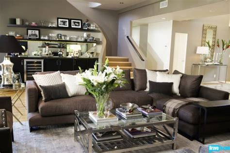 Interior Therapy With Jeff Lewis by 1000 Ideas About Sectional Sofa Layout On