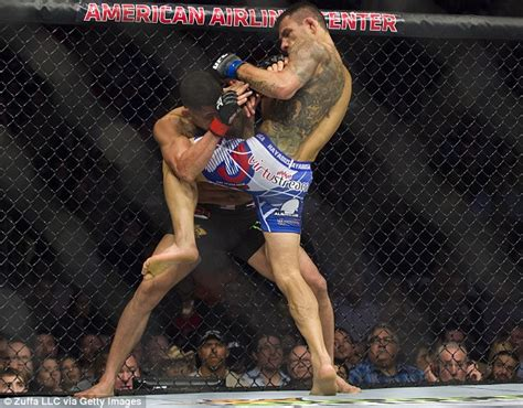 ufc 185 rafael dos anjos stuns anthony pettis to win