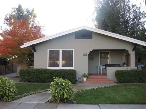 rose garden home perfect  business  leisure