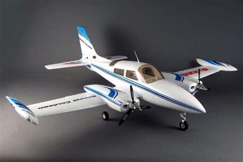 Dynam Cessna 310 Grand Cruiser 1280mm Motor Retrac Murah dynam 1280mm cessna 310 grand cruiser rc plane pnp no radio