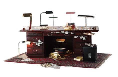 Bankers Desk L by Seven Modern Riffs On The Classic Banker S L Bloomberg