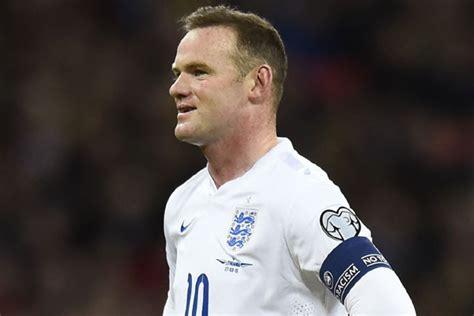 rooney minta klub liga inggris  mainkan pemain lokal