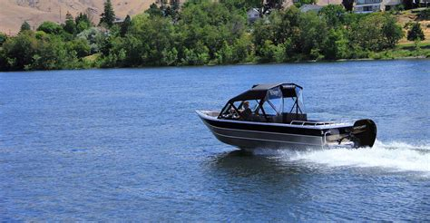 aluminum fishing jet boats welded aluminum fishing boats thunder jet heavy gauge