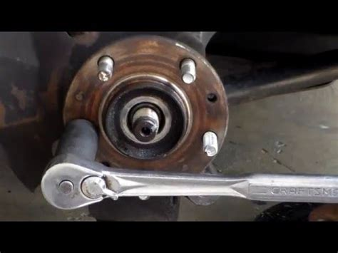 how to change wheel and hub 2011 kia 04 kia sorento lx hub bearing replacement doovi