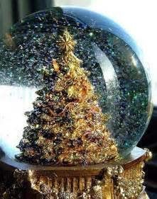 beautiful snow globe christmas pinterest