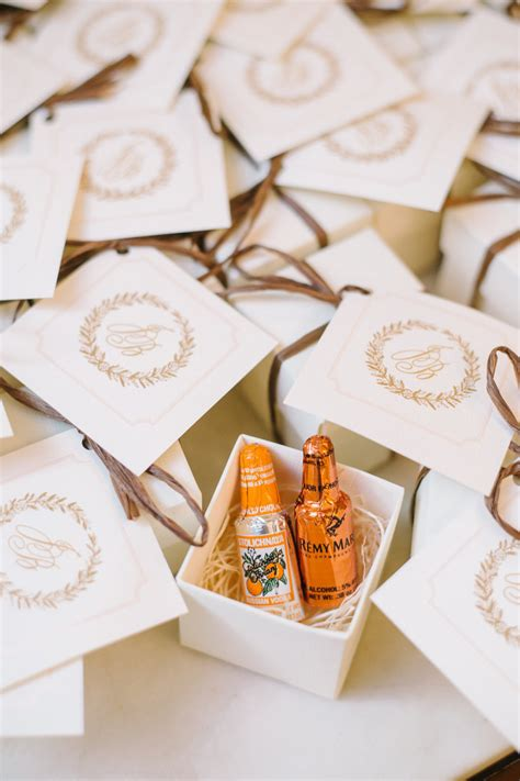 wedding favor ideas that aren t useless or boring weddingwire