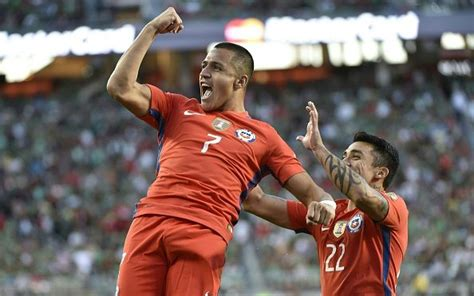 alexis sanchez y melina figueroa chile legend doubts alexis ability to captain his country