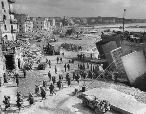 world war ii dkfindout 0241285143 the allies at anzio rare photos from wwii s italian caign italian caign rare photos