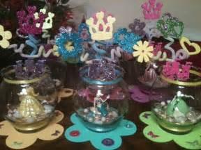 centerpieces for princess birthday 1000 ideas about disney princess centerpieces on