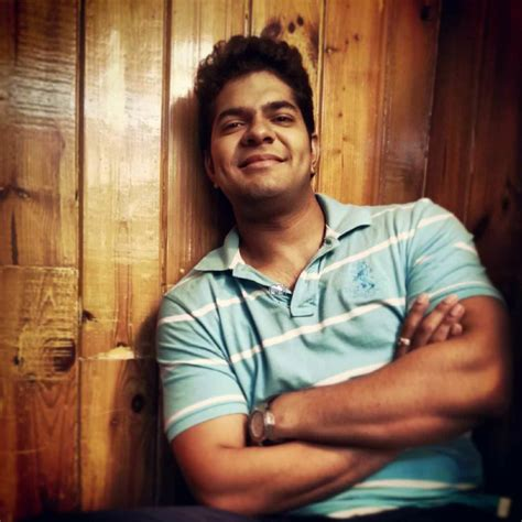 tuzyat jeev rangala cast hardeek joshi marathi actor photos biography wiki