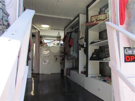 Display Apparel On Showroom Floors - 1000 images about mobile retail showrooms stepvan