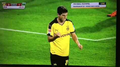 christian pulisic youth video watch christian pulisic score for borussia dortmund s