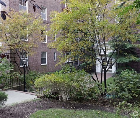 Kew Gardens Courthouse by Hton Court Co Op Rentals Kew Gardens Ny Apartments