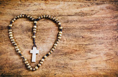 bis wann darf fajr beten papst empfiehlt den rosenkranz zu beten mk