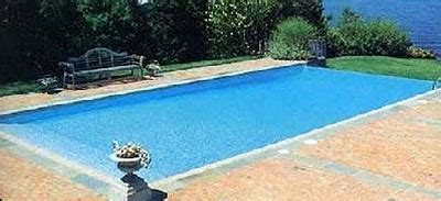 how many gallons of water are in my swimming pool?